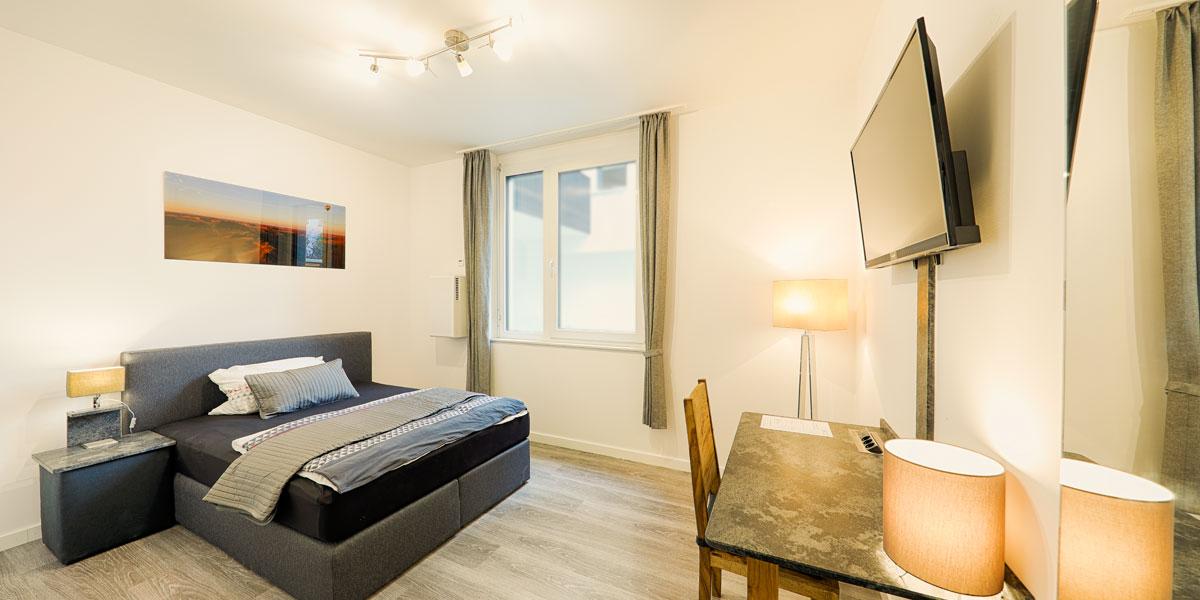 Apartment Economy 1