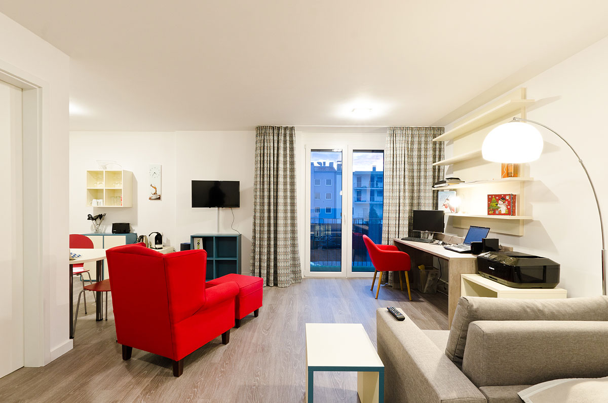 Apartment Comfort Wohn-/Schlafzimmer